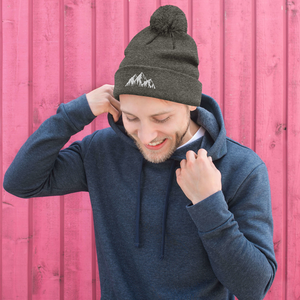 Mountains - Pom Pom Beanie - Sovende Bjorn
