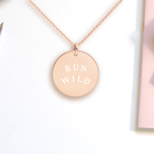 Load image into Gallery viewer, Run Wild Pendant Necklace - Sovende Bjorn
