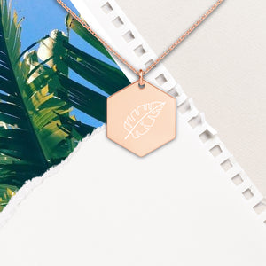 Palm Leaf Hexagon Pendant Necklace - Sovende Bjorn