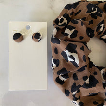 Load image into Gallery viewer, Leopard Scrunchie and Earring Set