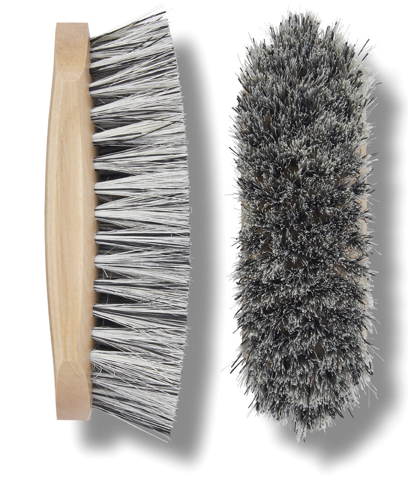 Winner's Circle spring/summer dandy brush