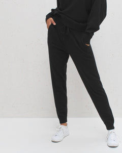 Chalk UK Lucy Lounge Pant Black