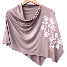 Load image into Gallery viewer, Parsley Poncho Taupe with White
