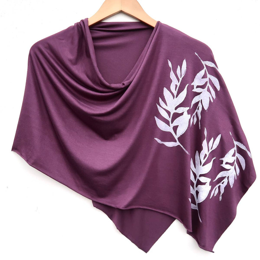 Laurel Poncho Plum with White