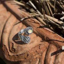 Load image into Gallery viewer, Oxidized Ethiopian Opal Wrap Ring