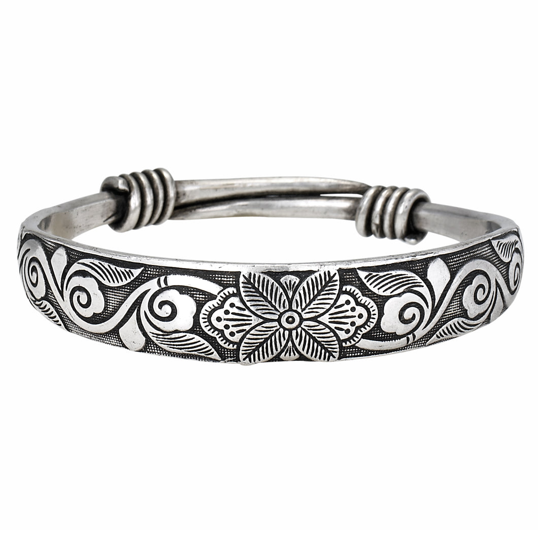 Etched Lotus Bangle