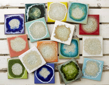 Load image into Gallery viewer, Geode Crackle Coaster - Aqua