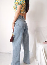 Load image into Gallery viewer, Teala Washed Straight Leg Jeans