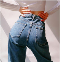Load image into Gallery viewer, Erica Jeans in Classic Blue *