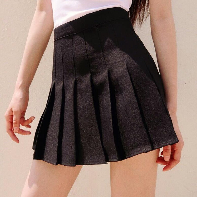 Summer High Waisted Pleated Skorts in Black