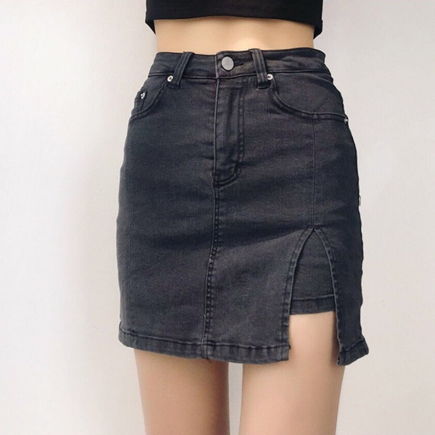 Min High Waisted Skorts in Washed Black