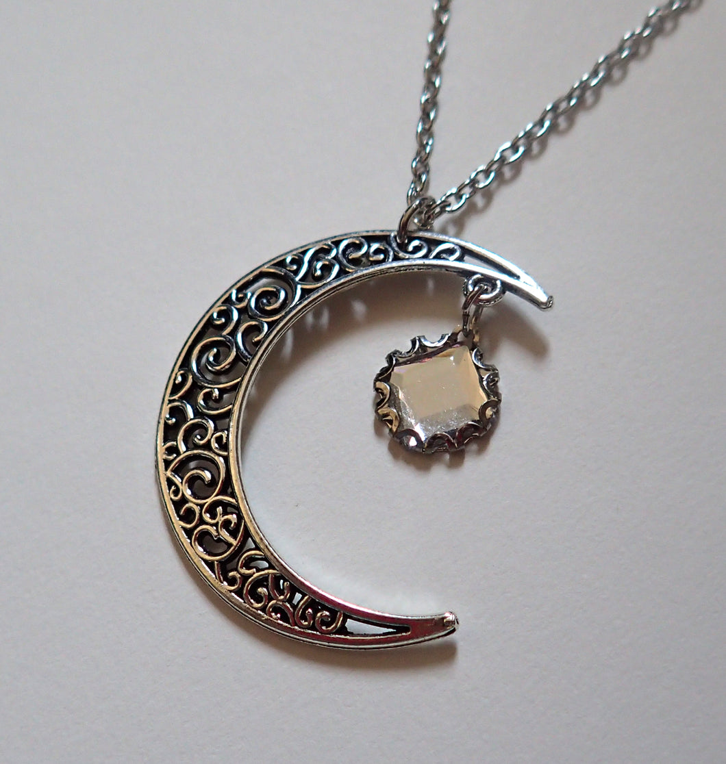 Crescent Ritual Necklace