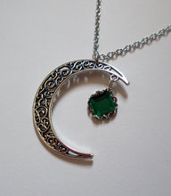 Load image into Gallery viewer, Crescent Ritual Necklace