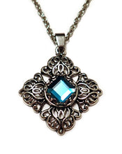 Load image into Gallery viewer, Filigree Pendant