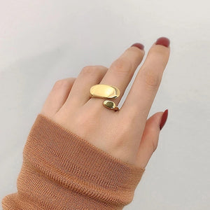 The Bouclé Ring
