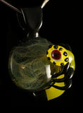 alien pendant on Fume