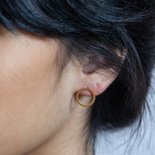 Load image into Gallery viewer, Gold Open Circle Stud Earrings