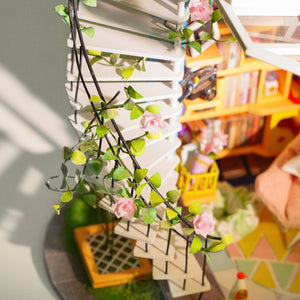 Loft DIY Miniature Dollhouse Kit