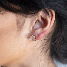 Load image into Gallery viewer, Rose Quartz Gold Claw Studs