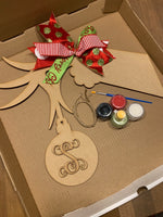 Personalized Letter Grinch Hand DIY Kit