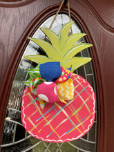 Load image into Gallery viewer, Colorful Pineapple DIY Take & Make Kit
