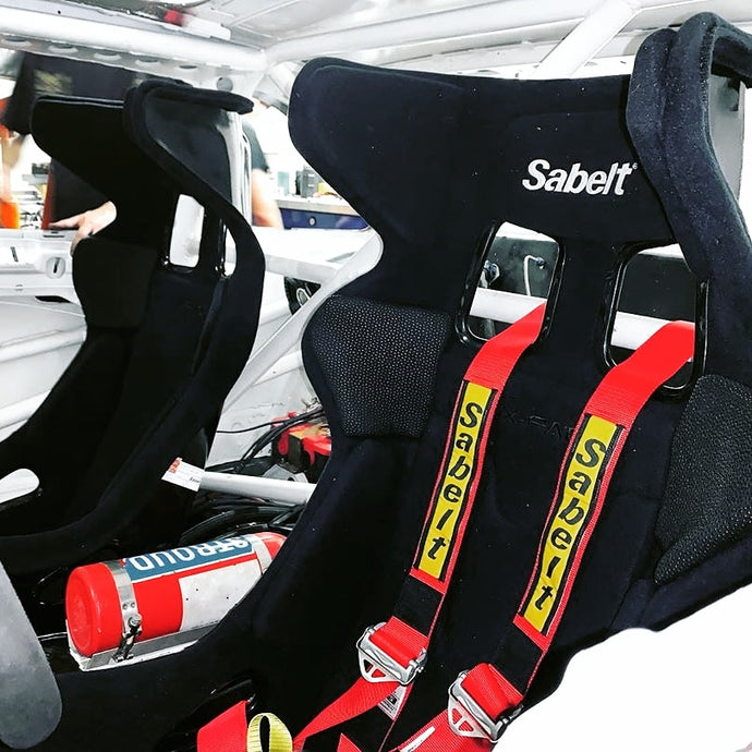 How To Choose a Perfect Race Seat
