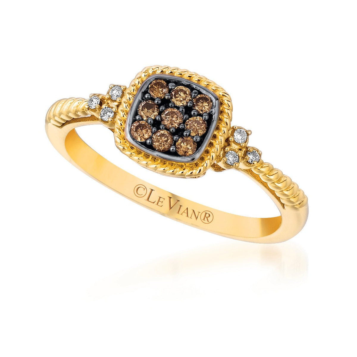 petite le vian® ring featuring 1/6 cts
