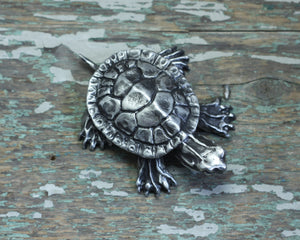 Load image into Gallery viewer, Turtle sculpture