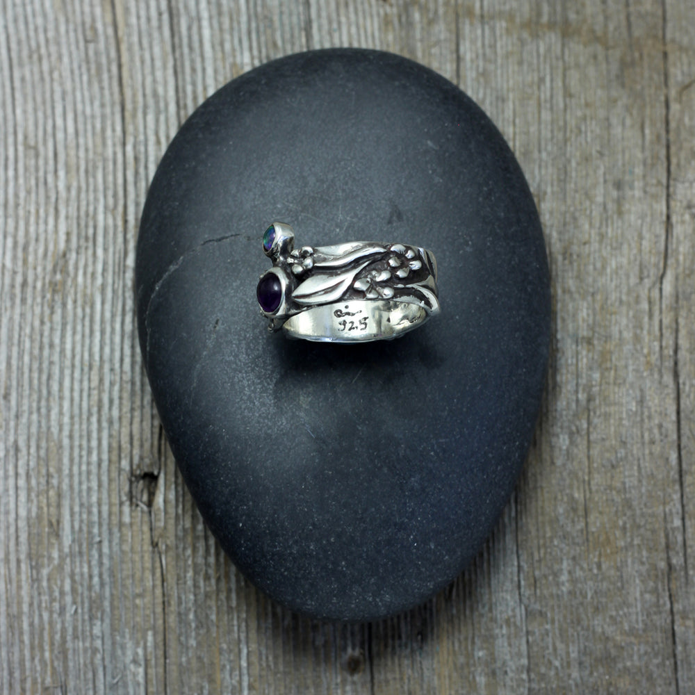 Load image into Gallery viewer, Statement ring in sterling silver with flowers