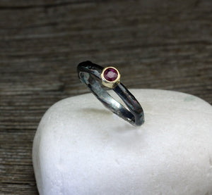 Ruby ring silver with 18 kt gold