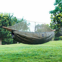 Load image into Gallery viewer, Lightweight Winter Hammock Underquilt -5 C to 5 C (23 F to 41 F)