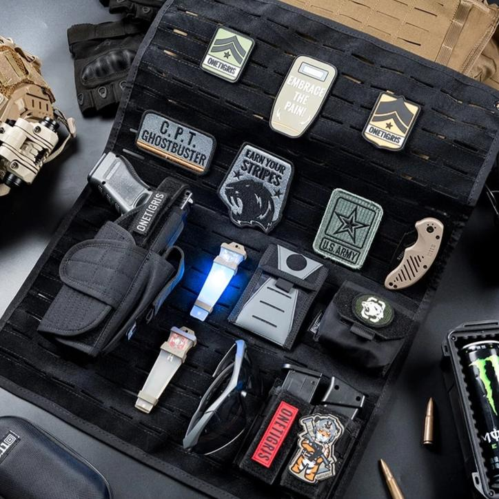 Tactical Morale Patch & Gear Panel