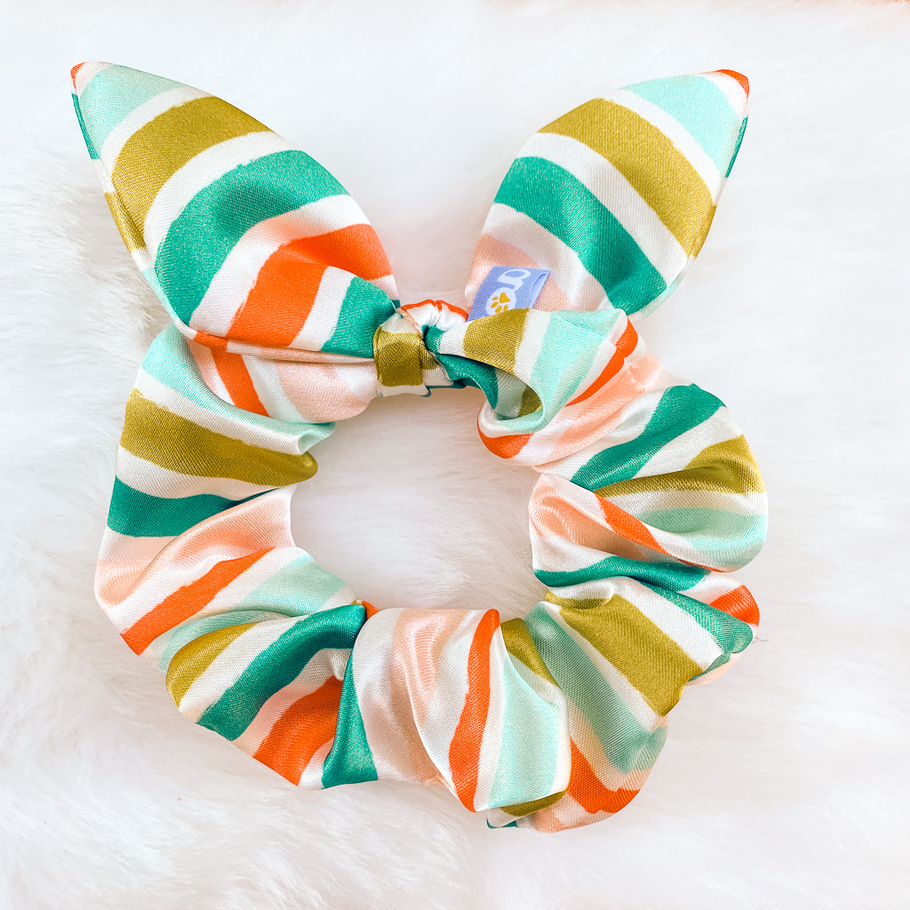 holiday scrunchie in candy cane print