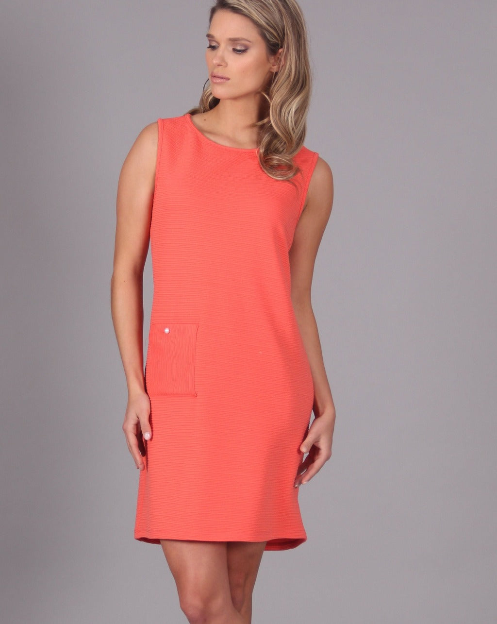JAZZ Sleeveless Shift Dress