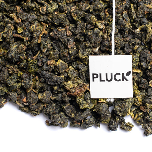 Loose leaf Four Seasons Spring Oolong tea with Pluck tea bag tag