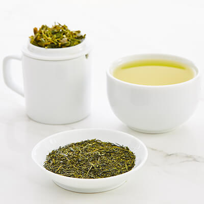 Tea tasting set with Fukamushi Sencha green tea