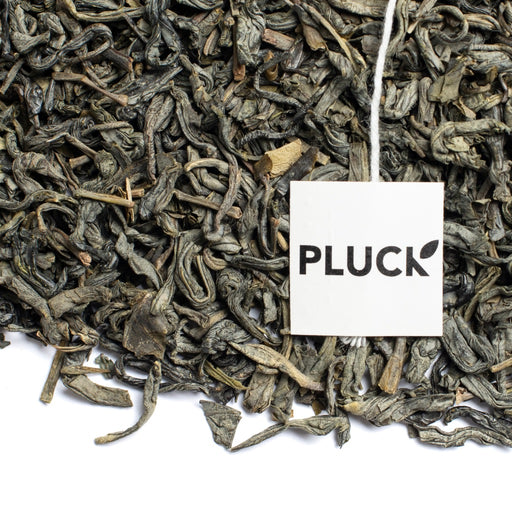 Loose leaf Fields of Green organic green tea with Pluck tea bag tag