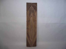 Load image into Gallery viewer, Claro Walnut Tonewood WALTON3