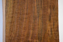 Load image into Gallery viewer, Claro Walnut Tonewood WALTON29