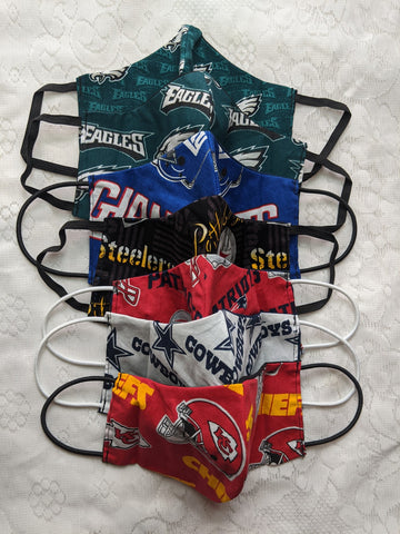 Colorful adult children face mask design 100% cotton, washable, reversible (one side design & other side solid color) and can insert your own filter, not provided.  3 options in 1 mask.  NFL sports Eagles Patriots Steelers Giants Cowboys Chiefs