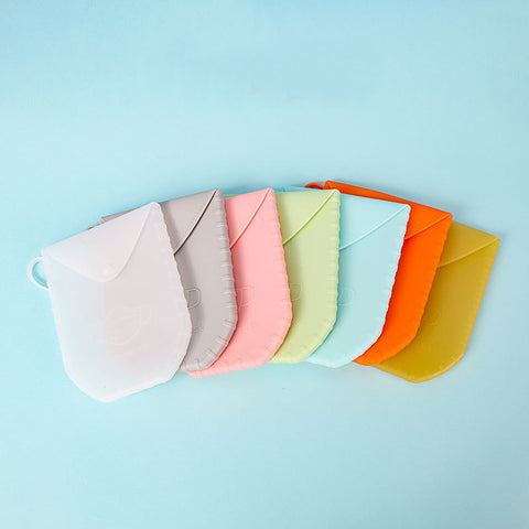 Portable silicone face mask storage pouch case holder that can fold, bend, durable and light weight with a small handle. Can fit almost any foldable face mask.