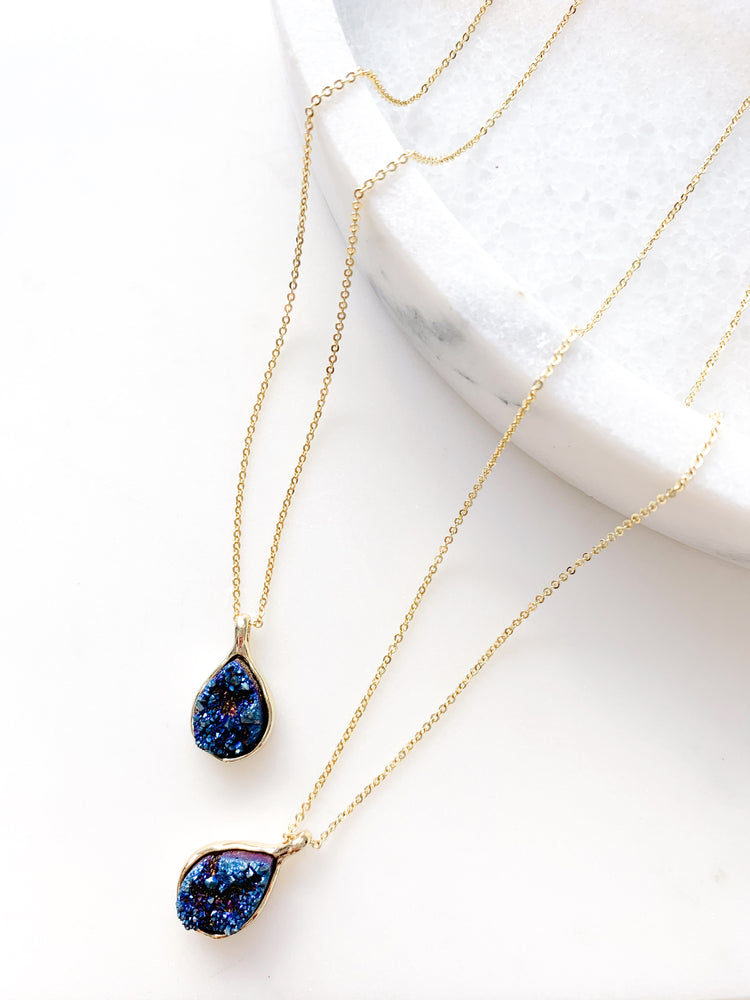 Load image into Gallery viewer, Midnight Blue Tear Drop Druzy Agate