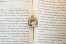 Load image into Gallery viewer, Jamie Fraser King of Men Enamel Pin