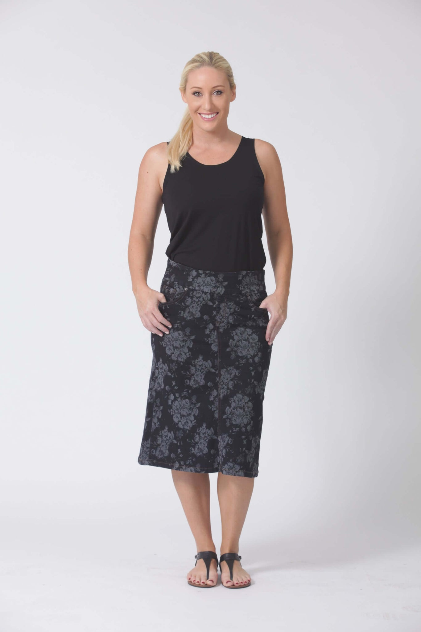 W04B5181 - Jacquard Denim Skirt - Deep Sea