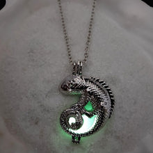 Load image into Gallery viewer, Necklace, Glow in the Dark Dragon Pendant with Chain Necklace