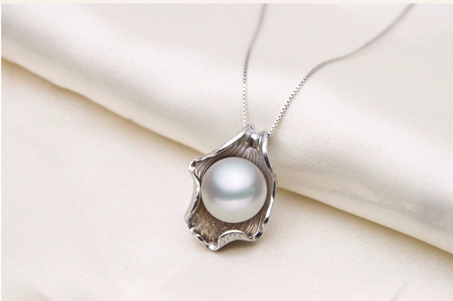 Pendant, 925 Sterling Silver Chain Natural Freshwater Pearl Seashell Pendant & Necklace