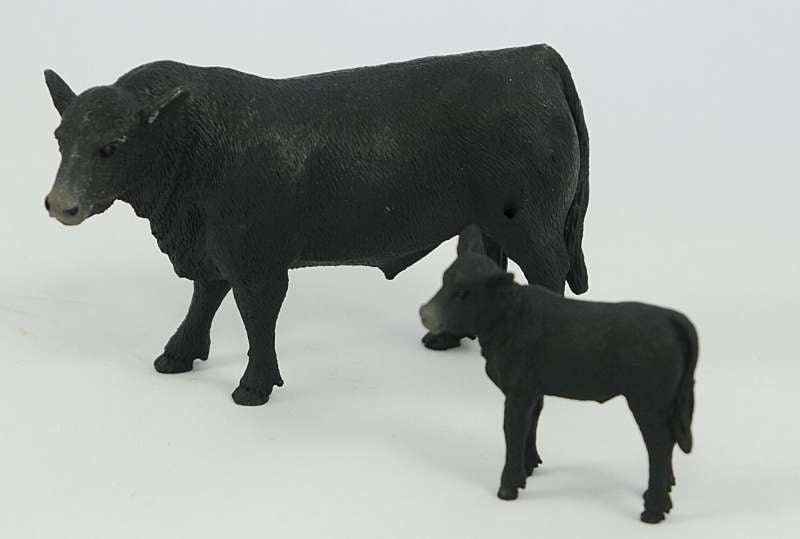 BIG COUNTRY TOYS ANGUS COW & CALF