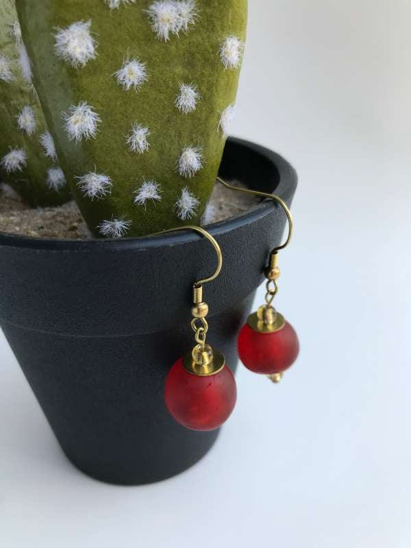 CBC GLASS BEAD EARRING RED