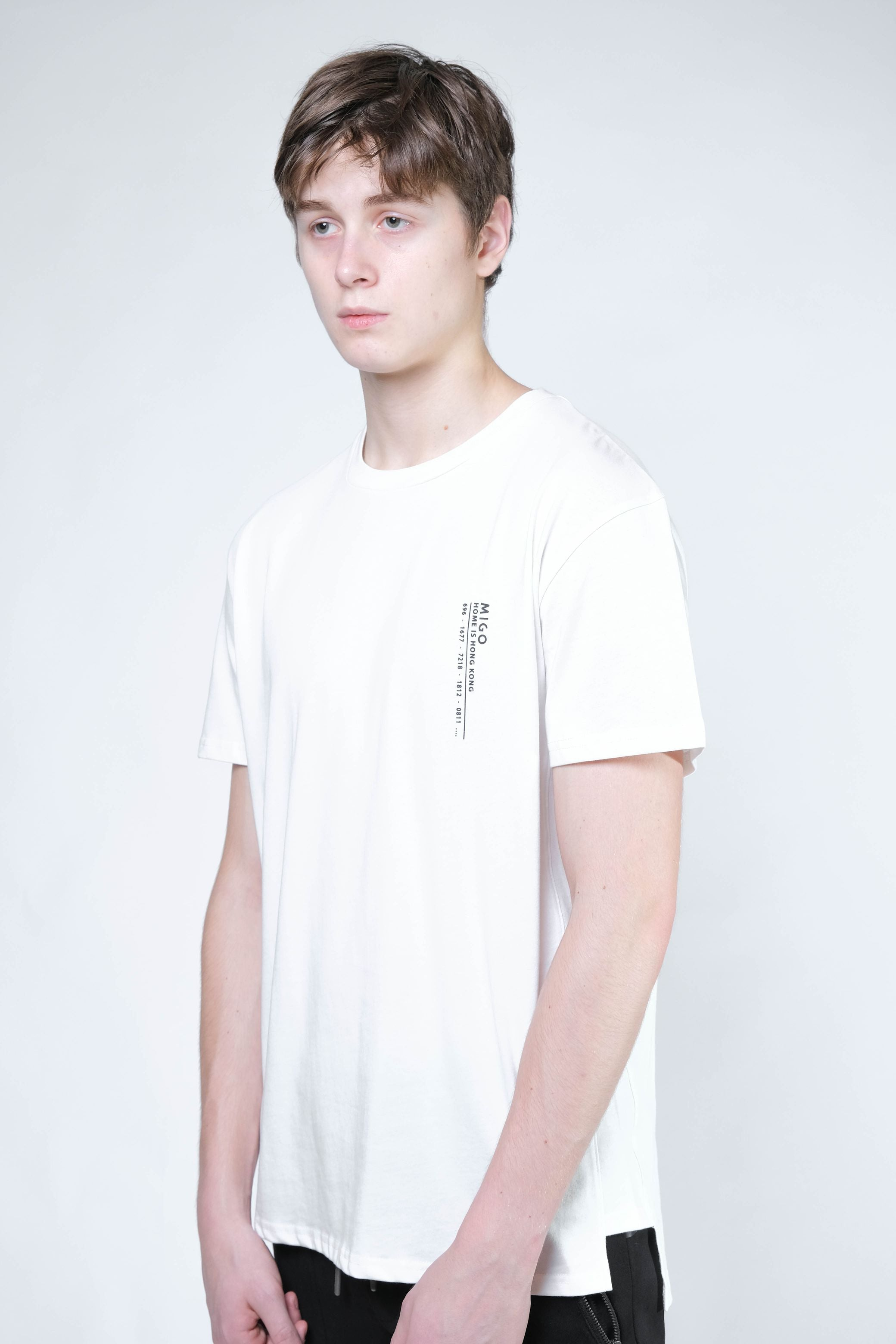 Hong Kong Side Split Tee (Offwhite) - [MIGO Menswear]