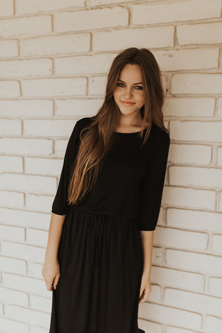The Simple Black Dress